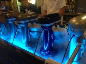 Ices Plain & Fancy Liquid Nitrogen Mixers